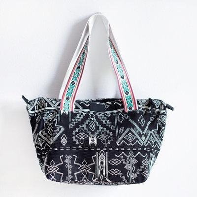 Art of Polo Shopper Aztec
